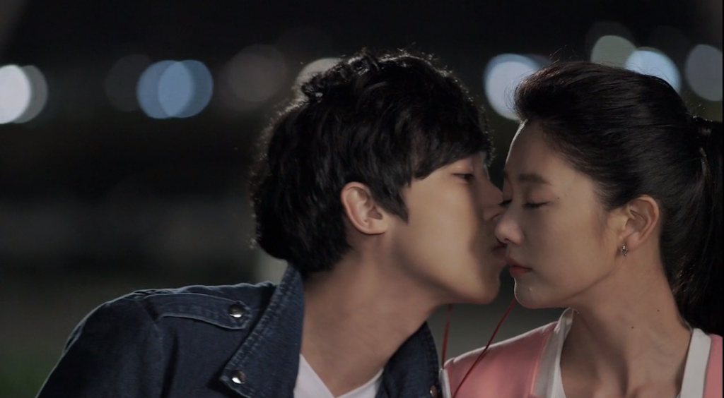 Yong kyu and ah reum happy together